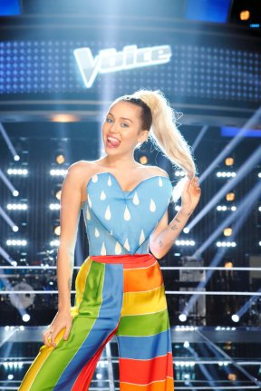 "THE VOICE -- ""Knockout Reality"" -- Pictured: Miley Cyrus -- (Photo by: Trae Patton/NBC)"